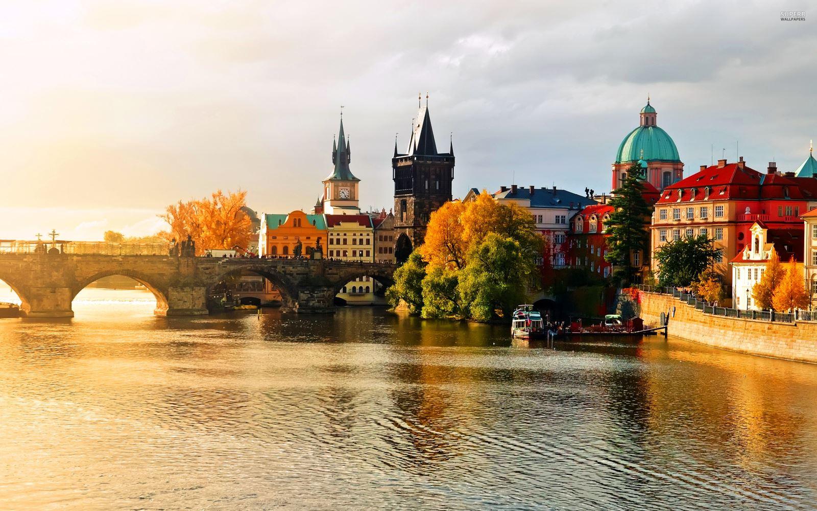 8 mẹo nhỏ nhưng hữu dụng khi đi du lịch bụi Châu Âu 1